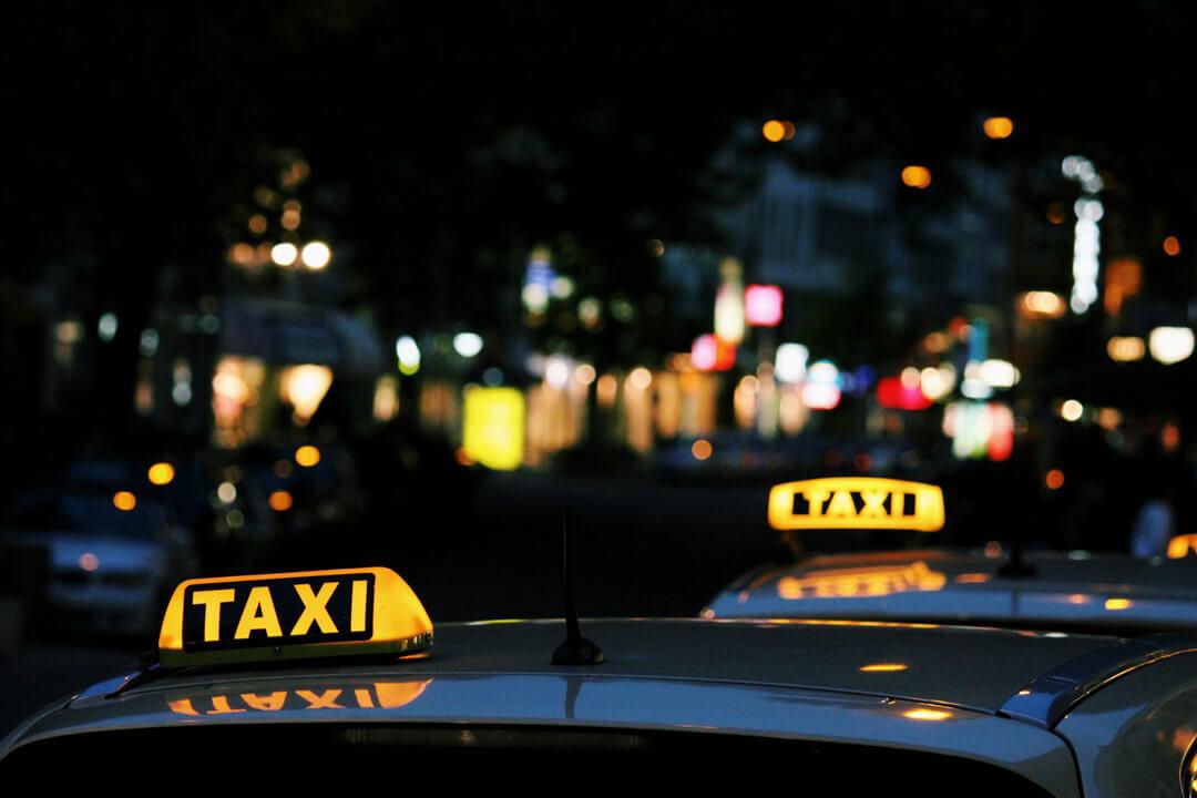 韓国タクシー深夜